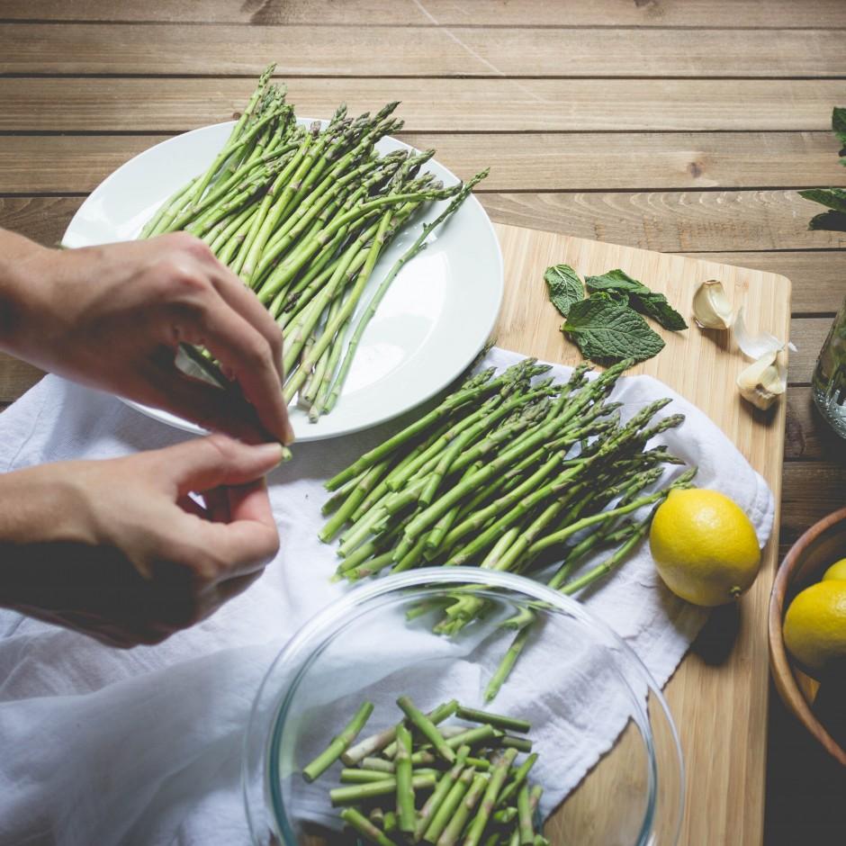 Meatless Monday: Sautéed Asparagus with Mint and Lemon