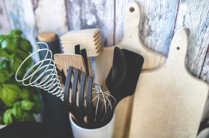 KEEP IT SIMPLE: THE ONLY KITCHEN TOOLS YOU NEED | SOULBEET